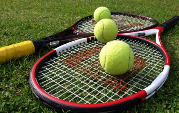 03_06_12_tennis.jpg