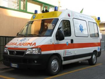 05_04_2010_ambulanza12.jpg