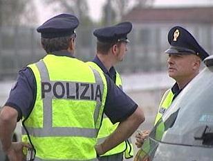 07_05_polizia2.jpg