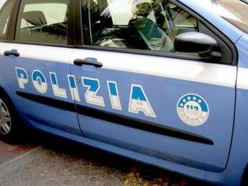 12_04_2010_polizia.jpg