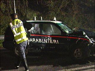 13_11_incidente_carabinieri.jpg