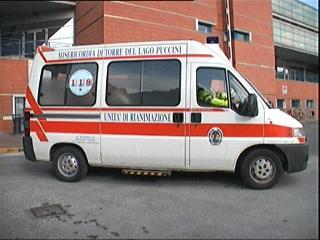 14_02_ambulanza_ospedale2.jpg