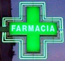 15_06_10farmacia_insegna1.jpg