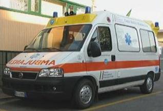 16_07_ambulanza1.jpg