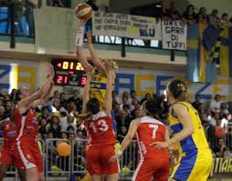16_4_13__le_mura_basket.jpg