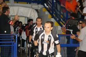 16_5_12__hockey.jpg