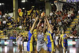 17_4_13__le_mura_basket.jpg