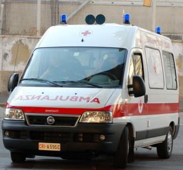 3_11_2010_ambulanza1.jpg