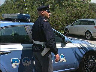 6-05-polizia.jpg
