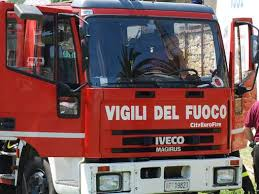 8_7_13__vigili_del_fuoco.jpg