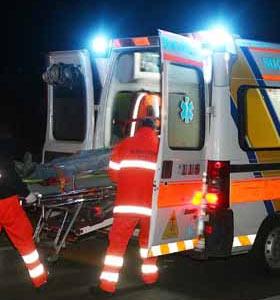 ambulanza_accoltellato.jpg