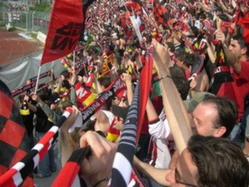 calcio___lucchese_tifosi_1__800_800.jpg