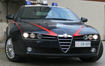 carabinieri-gazzella-4.jpg