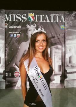 miss-miluna-toscana-2012-sara.jpg