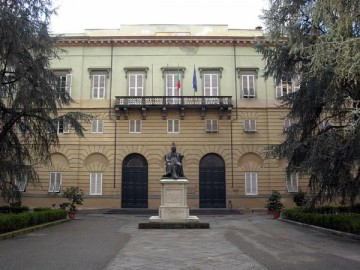 palazzo-ducale-lucca-03.jpg