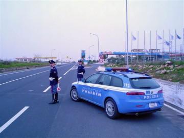 polizia-stradale-pattuglia.jpg