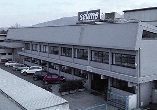 selene1_big.jpg