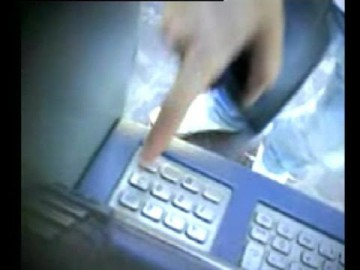 Sgominata banda di clonatori bancomat