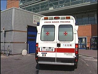 11_3_2011_ambulanza_viareggio