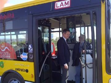 30887_Autobus Metano (1)