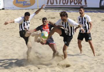 10_6_15_ beach soccer
