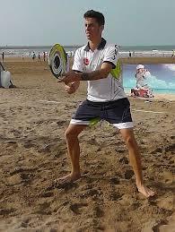 Sulla spiaggia a lezione di beach tennis noitv - Bagno guido viareggio ...