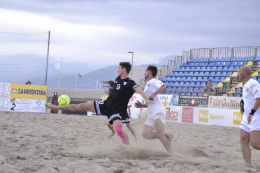 l17_6_16_ beach soccer OK