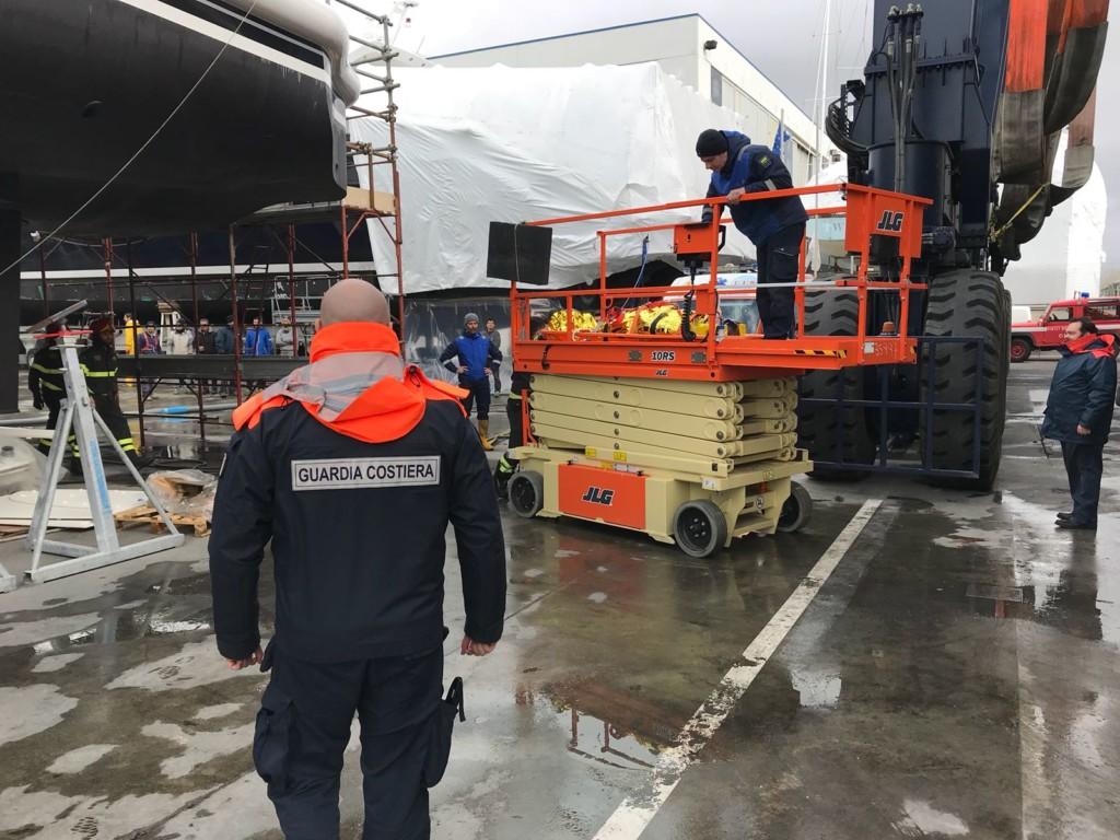 Operaio precipita da 7 metri, è grave L'infortunio in cantiere a Milano